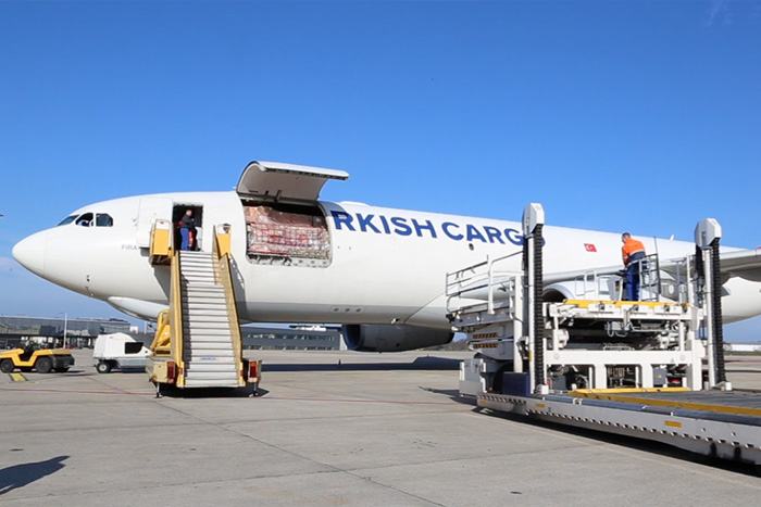 Unloading Turkish Airlines at Maastricht Aachen Airport (The Netherlands)